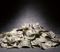 Помогу решить финансовые проблемы.